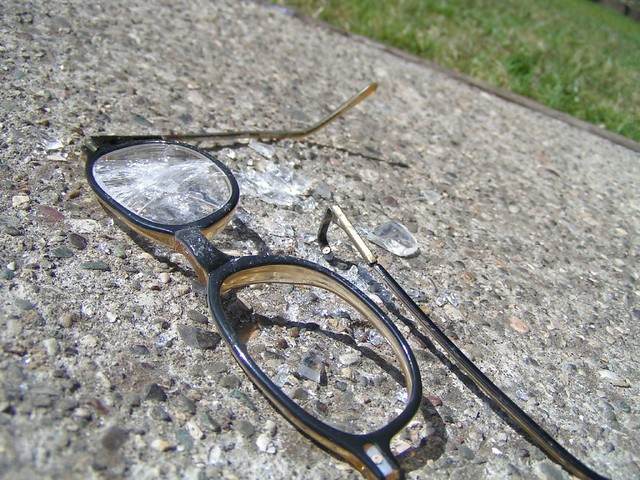 eye glasses repair near me Johnston ri